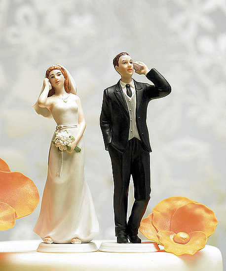 cellphone-wedding-cake-topper.jpg