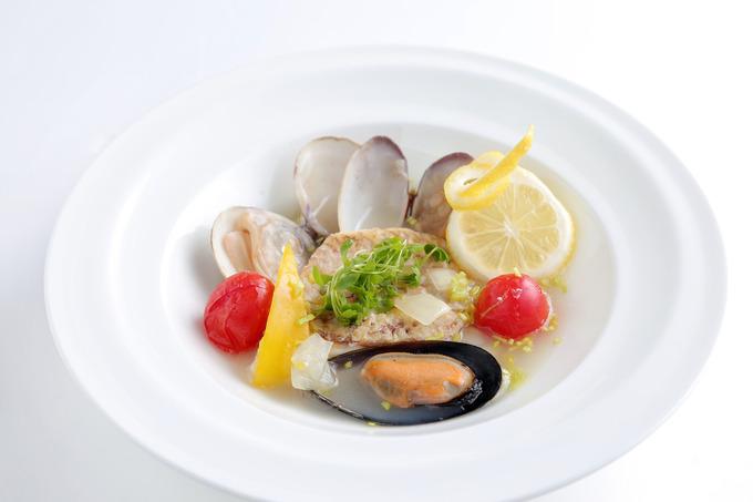 三種の貝と真鯛のアクアパッツァ.JPG