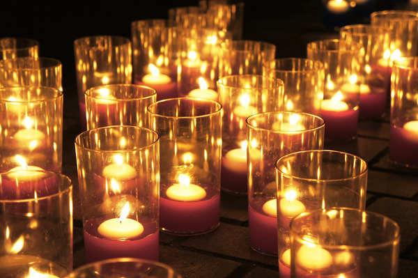 candle_b1.jpg