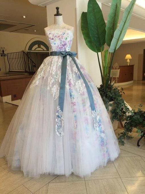 6月展示用ドレス.JPG