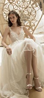 s_Wedding-Dress-by-FLORA-Bridal-2017-Collection-Anna_2.jpg